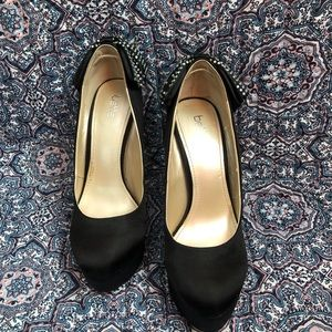 MOVING SALE!! Betts heels